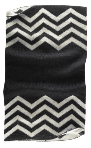 Belstaff PM - Graham Knitted Neck Warmer - £55 €59 $70 - Black Natural - 41630006 K77N0021 09017-jpg