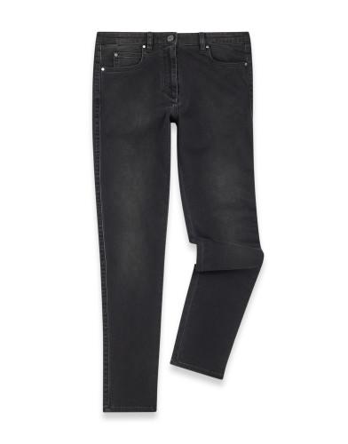 Belstaff – Maryon Jeans – £175 €195 $225 ¥33000 – Washed Black – 72100317D64E004590103-jpg