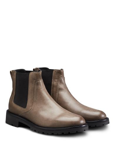 Belstaff – Rode Boots – £425 €450 $550 ¥67000 – Bronze Oak – 77800250L81A027320110ANGLEPAIR-jpg