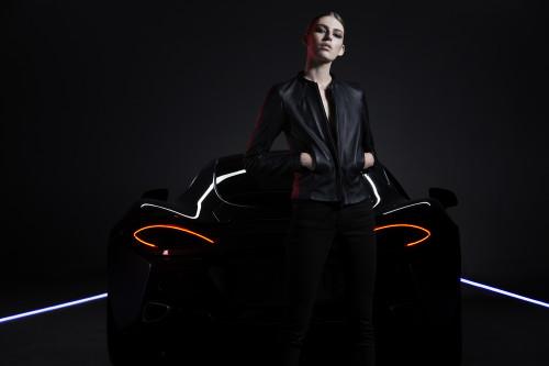 Belstaff x McLaren – model wears MXB950-S101-jpg